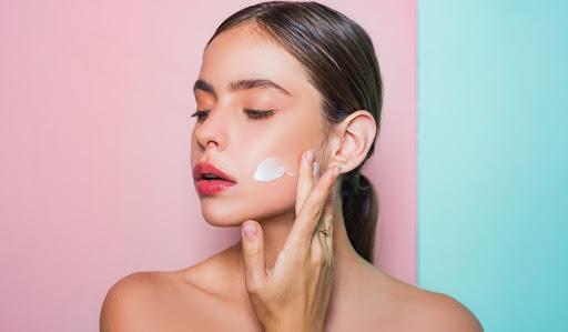 skin-care-serum