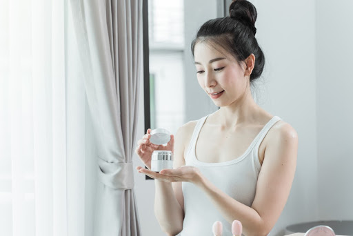 night-skin-care-routine-for-dry-skin