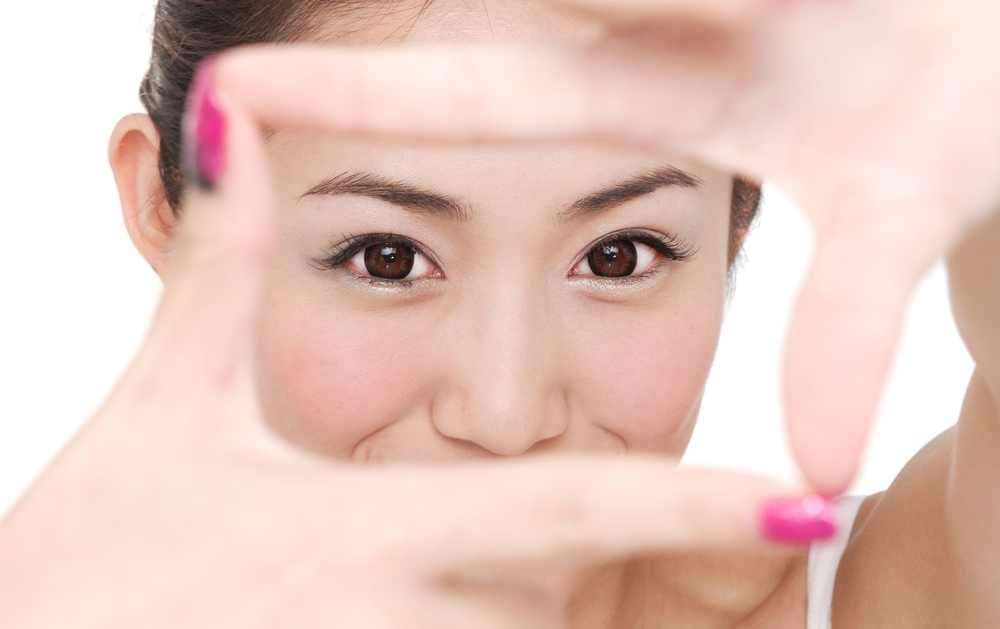 Eyebrow Threading – Hair Removal Simplified